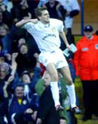 2003 Chelsea Woodgate celebrates his goal 1